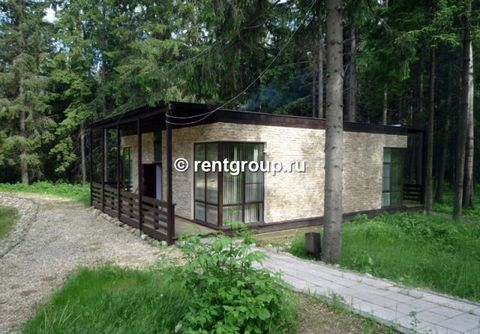 We offer for rent 2-level brick cottage with a total area of 300 sq.m. Cottage for rent for a day, weekends and holidays. Downstairs there is a large room with music equipment, kitchen and one bedroom, own bathroom and a sauna. The second floor has...