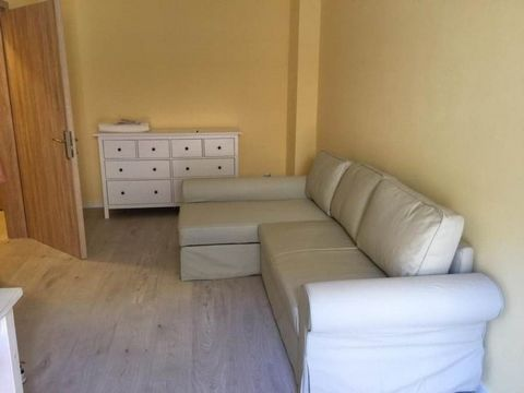 In a short distance from the city center and within walking distance from the nearest beach you see this cozy apartment. The apartment is located very close to Garitsa bay and measures 82 sq.m. There are three spacious bedrooms with their wardrobes. ...