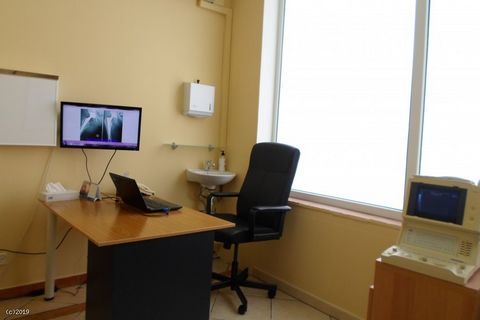 Private outpatient medical clinic Annual turnover well above asking price Full financials available for interested buyers No Spanish required as all clients are English speaking A rare opportunity to purchase a well-established, private outpatient me...