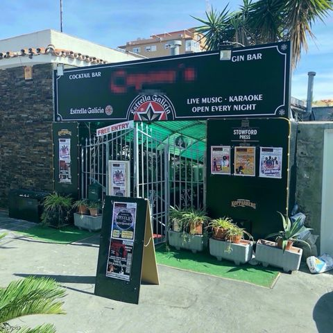 Hugely successful Karaoke & Bar Very high turnover Fully licensed for music & alcohol This business is one of the main entertainment establishments in Benalmadena. It has been trading for over 5 years with its central location and is the only karaoke...