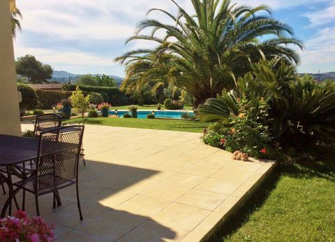 South facing luxury villa in Mougins of 350m² with large pool and pool house, situated in a quiet residential area. Comprising: Entrance hall with stairs to first floor made in marble, guest toilet, large living and dining room of 108 m² with firepla...