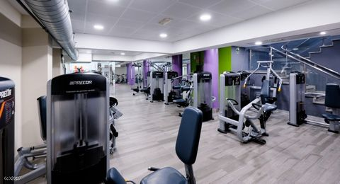 Two Gyms for Sale Asking Price €290,000 Leasehold - PRICE REDUCED! Group of 2 Gyms All Profitable Run Under Management Fantastic Opportunity We have two gyms for sale by the same vendor who has relocated to Australia. All the gyms are currently run u...