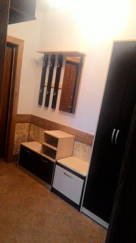 От собственника. Сдам 1 комн кв, мкр-н Сакраменто, Балашиха, ул. Дубовая, дом 11, 3/4 этажного панельного дома, общая 39, 4, кухня 10, комната 17, с/у совм, евро ремонт, вся мебель, быт техника (сма, холодильник, плита, микроволновая печь). Огороженн...