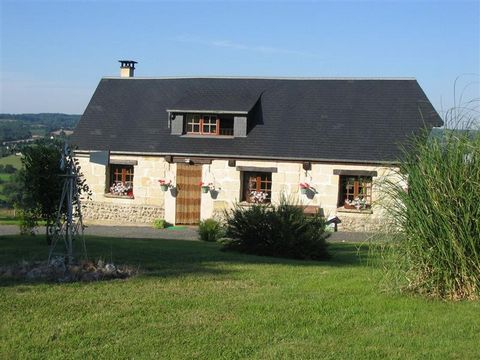 Superb 2 Bedroom House in St.Martin du Mesnil Oury France Euroresales Property ID – 9824927 Property information: This excellent 2 bedroom house is located in in a hamlet just outside Livarot, Calvados called St.Martin du Mesnil Oury. The property ha...