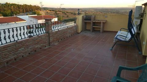 Superb 4 Bedroom House in Hornachos Spain Euroresales Property ID – 9824881 Property information: This property is situated Hornachos (Badajoz), Spain The property comes with 4 Bedrooms included. The property is a 4 floor House. Along with the bedroo...