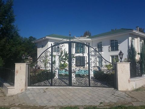 Luxury Custom Villa in Fethiye Turkey Euroresales Property ID – 9824931 Property information: This property is an excellent 2 bedroom villa located in Fethiye, Mugla, Turkey. The property includes 2 bedrooms, 2 reception rooms, 2.5 bathrooms, 2 of wh...