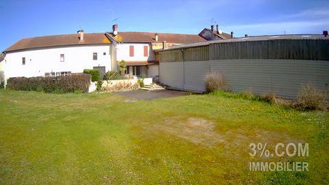 Annonce référencée 27294. https://1drv.ms/v/s!AsdzYDzRBDj6tA5wdUXMzDupZGP6é=STzLdG 3%.COM MUGRON - Arnaud MONCEL vend à proximité de Dax et Mont de Marsan secteur MUGRON. ---IDEAL INVESTISSEUR--- Deux maisons d'habitations mitoyennes sur deux niveaux...