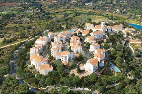 This fabulous 2 suites apartment is part of the Viceroy Residences integrated in the Ombria Resort next to Querença in the Algarve. It is an investment in a house for own use and tourist exploitation, in full ownership, with services and hotel manage...