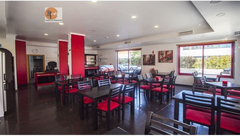 Restaurant equipped with fully equipped kitchen, with a large dining room space with approximately 50 seats. Outside it is also possible to place terrace in order to sit about 20 people, as we can see in the photos presented. It is fully equipped and...