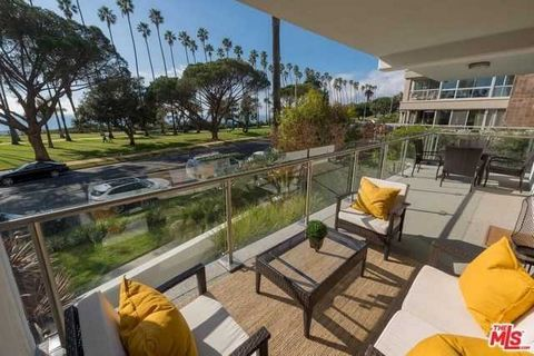 Detailed Description: An A. Quincy Jones design, the Oceanaire Building does not disappoint. Spectacular ocean views and sunsets. This modern and contemporary space boasts 2BD + Bonus room, 2 baths, custom floor to ceiling Fleetwood doors, maple floo...