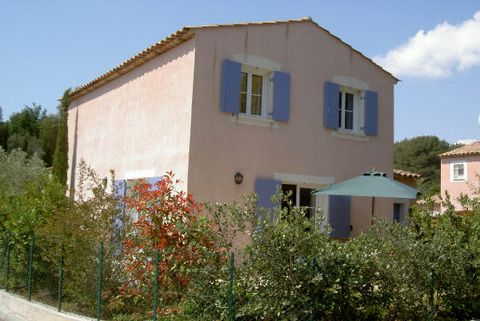 Levels 2, View Garden, Aspect south, General condition Good, Kitchen Fitted, Bedrooms 4, Bathrooms 1, Showers 2, Toilets 3, Heating Gas, Year built 2000, Living area 30 M², Terraces 1, Living 1, Waste water Modern sanitation, Rates 619 Euro, Monthly ...