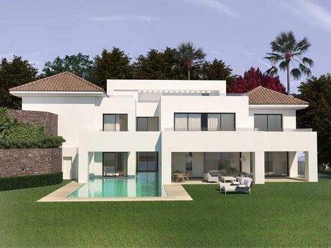 El Paraiso Alto, Benahavis: Top quality turnkey villa project with sea- and mountain views. South facing. Ready to move in June 2020. Main floor: Large living area, open plan fully fitted kitchen with dining area, one guest bedroom en suite, cinema r...