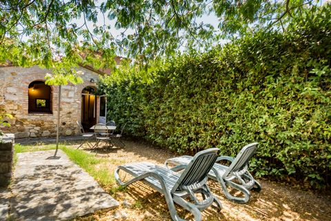 This accommodation is located in a beautiful XIX-century farmhouse in Crete Senesi only 20 km from Siena. The ancient Villa a Sesta village is exactly near the farmhouse. Also in the neighborhood there are vineyards, olive groves, old villages and th...